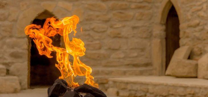 """Экскурсия по Баку и """"огненному"""" Апшерону – 25€/чел"""